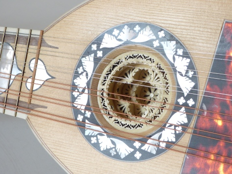 mandolino-romano